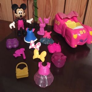 Disney Minnie Mouse Clothes Accessory Car Pull up